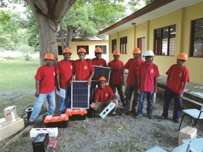 solar_trainerssmall